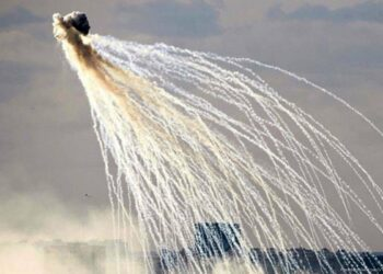 La Coalición liderada por EEUU bombardea con fósforo blanco objetivos en Siria