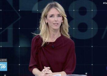 """Enrique Santiago rechaza que el PP cuestione el 'no es no' de las mujeres para disponer de su sexualidad y señala que """"da la medida del machismo como factor sustancial de la derecha"""""""