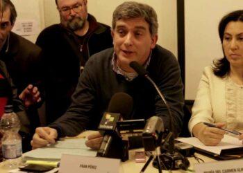 """IU denuncia que con la entrega de Assange """"el presidente Lenin Moreno viola de forma flagrante el derecho de asilo y refugio político al que está obligado"""""""