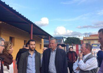 Adelante Sevilla se compromete a priorizar las demandas de las barriadas diseminadas