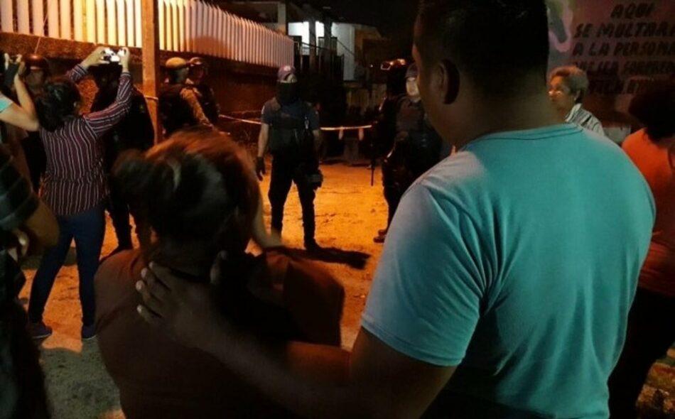 Al menos 14 personas asesinadas por una banda armada en México