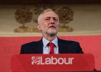 El Líder laborista, Jeremy Corbyn, insta al gobierno a evitar extradición de Assange