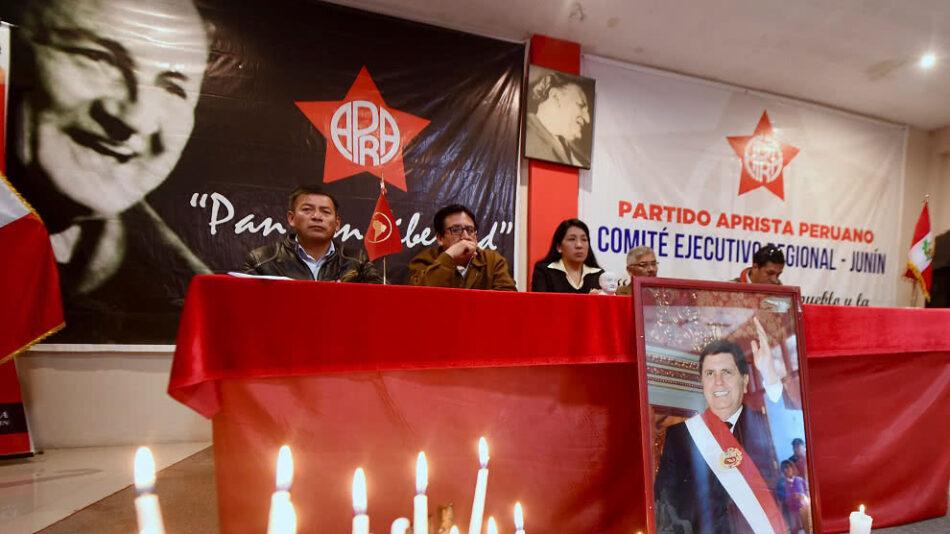 Perú declara duelo nacional tras muerte de Alan García