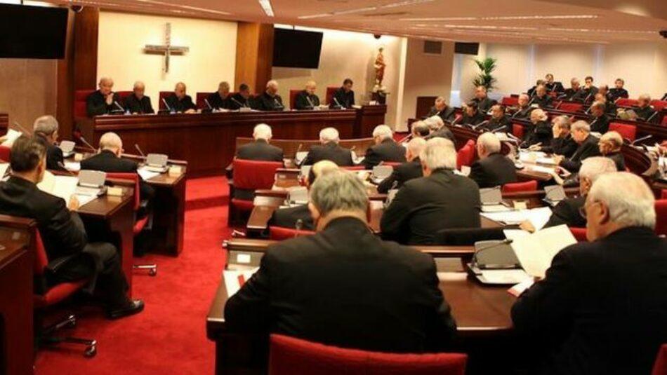 Arcópoli denuncia a la Conferencia Episcopal por promover las terapias contra los homosexuales