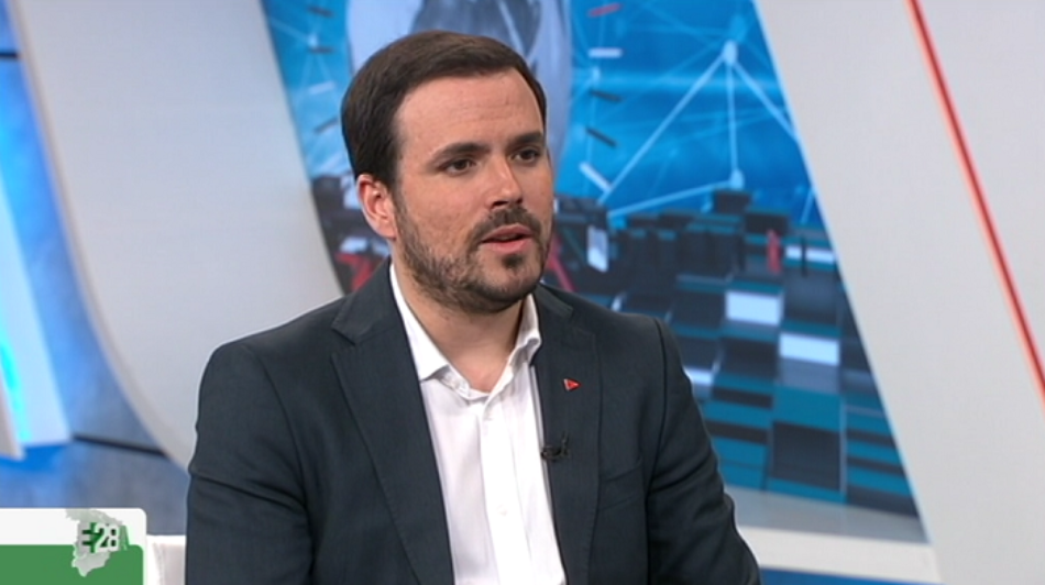 """Alberto Garzón avisa que Sánchez """"en absoluto"""" ha descartado pactar con Rivera y que si les dan los números habrá """"presiones internas y de los poderes económicos"""" para hacerlo"""