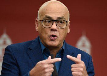 Gobierno y oposición venezolana inician acercamientos en Noruega