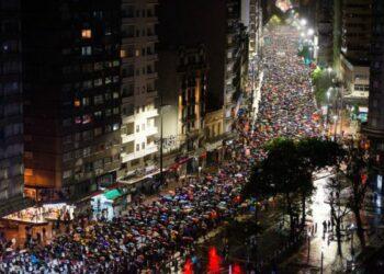 """Uruguay. Cientos de miles marcharon contra la impunidad de ayer y hoy: """"¡Que nos digan donde están las y los desaparecidos!"""""""