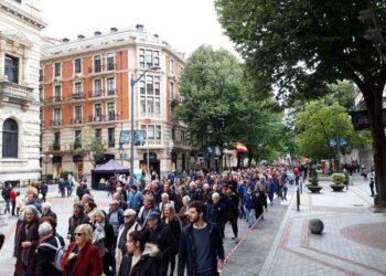 Solidaridad vasca: miles de personas gritaron `Venezuela aurrera!´ en las calles de Bilbao