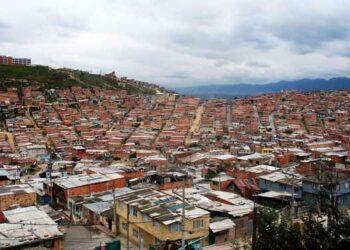 Colombia: Con panfletos amenazantes los paramilitares advierten «toque de queda» en Ciudad Bolívar