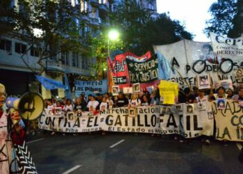 Marcha en Buenos Aires por los jóvenes asesinados en San Miguel del Monte