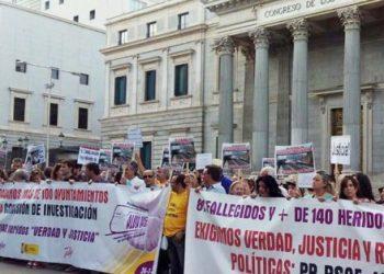 Plataforma de Víctimas del Tren de Santiago: «ADIF adoctrinó a sus comparecientes en la Comisión Parlamentaria con 14.900€ de dinero público»