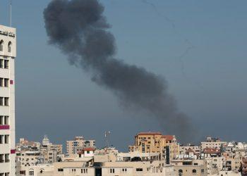 Se eleva a siete la cifra de muertos por los bombardeos israelíes en Gaza