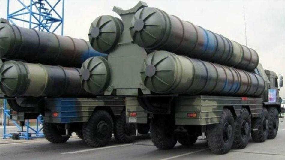 Irán despliega sistemas antiaéreos avanzados en la costa del Golfo Pérsico