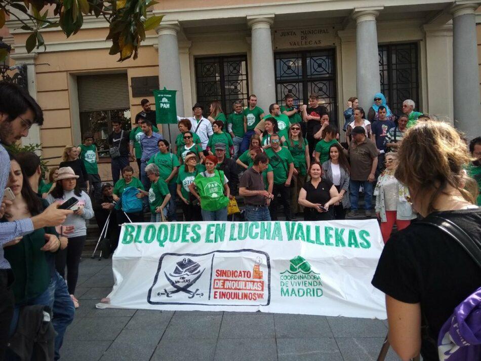 10 bloques y 105 personas amenazadas de desahucio en Vallecas