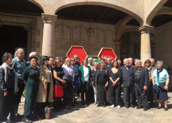 Manuel Castells, Carla Simón, Pilar Bardem, Pere Portabella, Rosa Regàs i Eduard Fernández signen el manifest de suport a Ada Colau