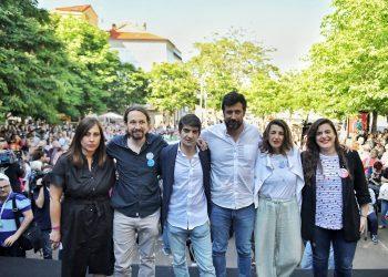 Iglesias destaca en Ferrol «la importancia de conseguir un gran peso el domingo para estar más cerca de las administraciones que trabajan para la gente»