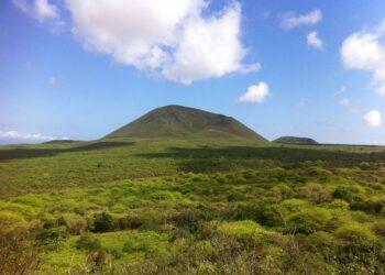 Controversia en Ecuador por acuerdo con EE.UU. para operar aviones estadounidenses en Galápagos