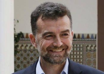 Antonio Maíllo deja su escaño y la coordinación de IU Andalucía y reingresa como profesor de Latín