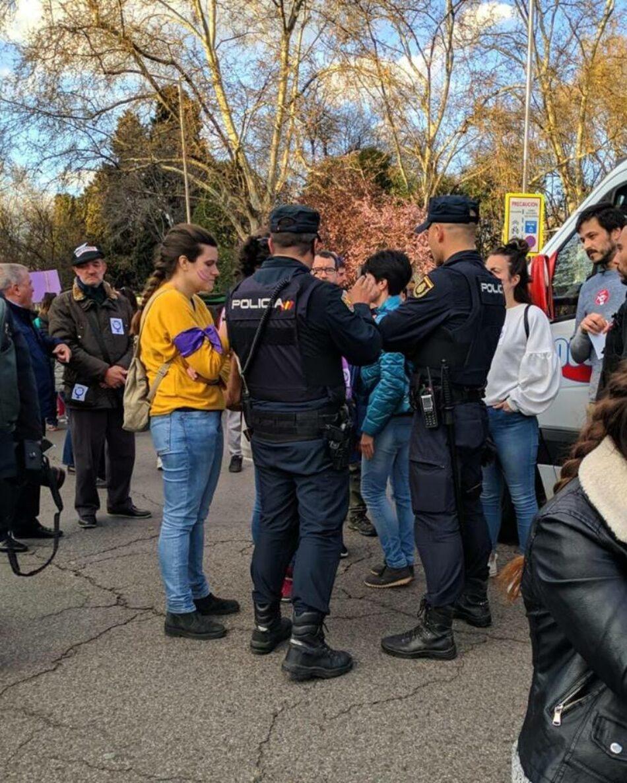 El PSOE utiliza la Ley Mordaza y multa a «Libres y Combativas» y al Sindicato de Estudiantes con dos mil euros
