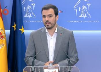 """Alberto Garzón traslada a Felipe de Borbón que IU apuesta por un Gobierno """"que parta de un acuerdo estable"""", lo que solo pasa """"por uno de izquierdas y entre PSOE y Unidas Podemos"""""""