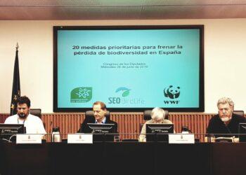 Las organizaciones ecologistas presentan en el Congreso de los Diputados 20 medidas prioritarias para frenar la pérdida de biodiversidad en España
