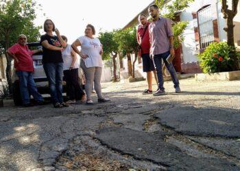 Adelante Sevilla critica el abandono del Higuerón y reclama un trato municipal digno para sus vecinos