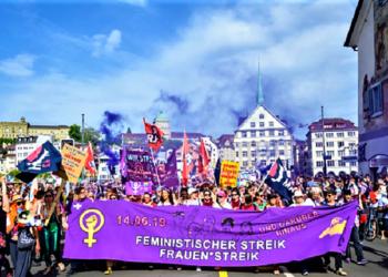Huelga general de mujeres en Suiza para reclamar igualdad real