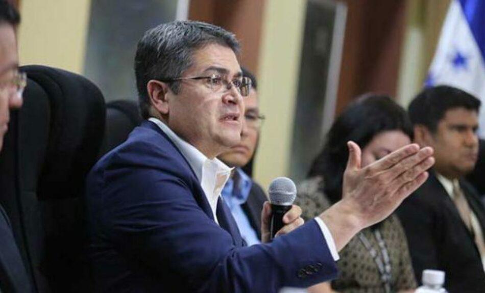 Honduras. El títere Juan Orlando Hernández, acorralado, asegura que «en dos años haremos cosas que nunca han hecho otros gobiernos»