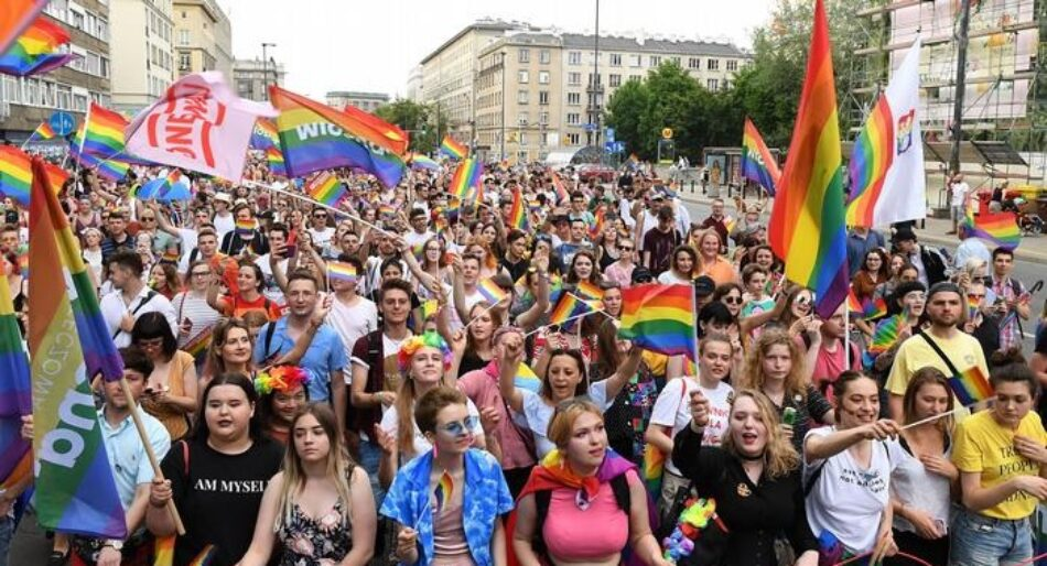 La comunidad LGTBI de Polonia se rebela contra la presión del gobierno