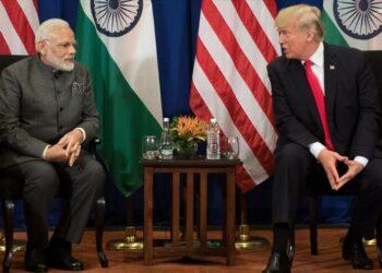 India impone aranceles de represalia a productos de EEUU