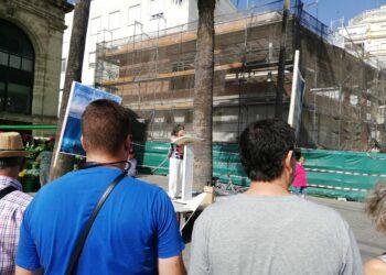 Organizaciones políticas, sindicales y sociales se manifiestan en Jerézcontra la contaminación producida por los plásticos