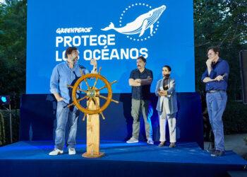 Más de 100 personalidades del mundo de la cultura se reunieron ayer para pedir la protección de los océanos