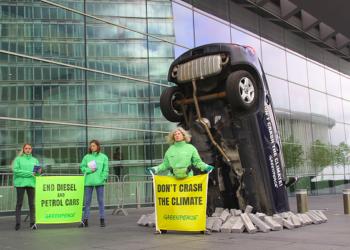 Greenpeace exige el fin de las emisiones en la Cumbre de Ministros de Transporte