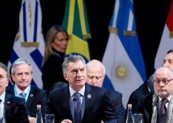 Argentina. Una cumbre del Mercosur para anunciar una carrera por más TLC