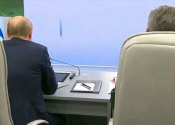 Putin alaba misil hipersónico que puede golpear EEUU en 15 minutos