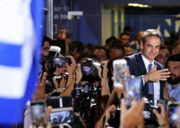 La derecha tumba a Tsipras y logra la mayoría absoluta en Grecia
