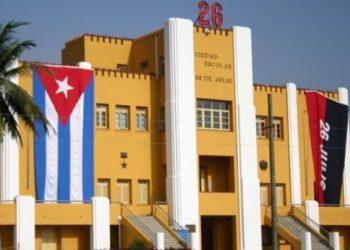 Cuba. 26 de julio: Rebeldía y Revolución / Granma: tierra fecunda de historia y revolución