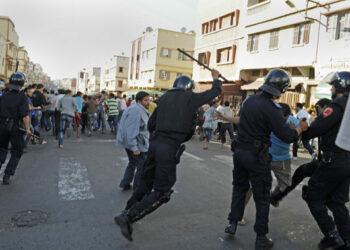 Sahara Occidental: Denuncian brutal represión a saharauis que festejaban triunfo de Argelia en la Copa Africana de Naciones / Una joven asesinada y varios heridos y detenidos