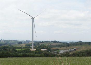 Alarma en Paradela ante la excesiva proximidad de los nuevos parques eólicos de Enel Green Power / Endesa a los núcleos de población