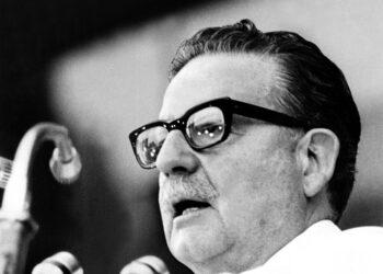 Último mensaje de Savador Allende a su pueblo, y crónicas periodísticas (Chile, 11 de septiembre 1973)