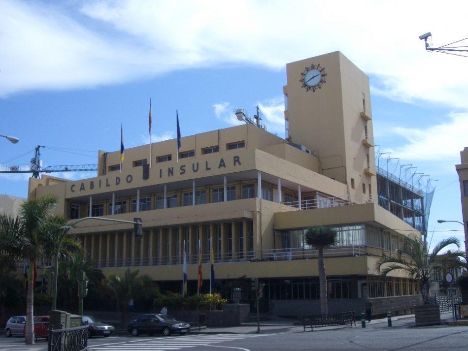 Los familiares del fusilado Francisco González Santana anuncian acciones judiciales contra el Cabildo y Ayuntamiento de las Palmas por utilización de su nombre sin autorización