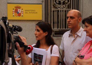 «El Ministerio del Interior miente en sus razones para no cesar al director del CIE de Madrid»