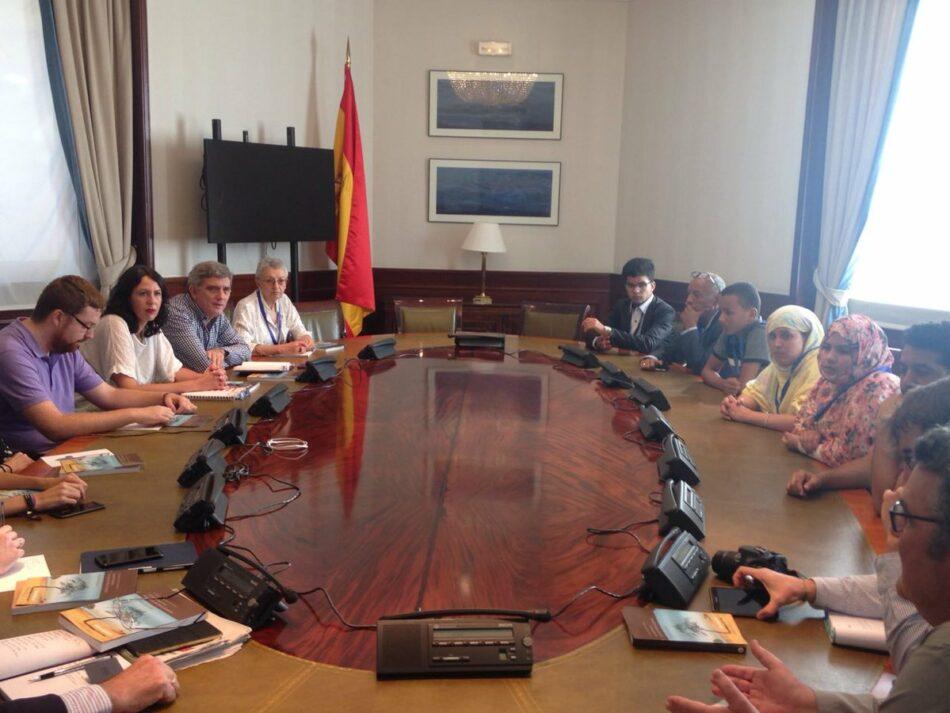 """García Sempere traslada el """"total compromiso"""" de Unidas Podemos para """"hacer realidad el derecho de autodeterminación del pueblo saharaui y se dejen de vulnerar sus derechos"""""""