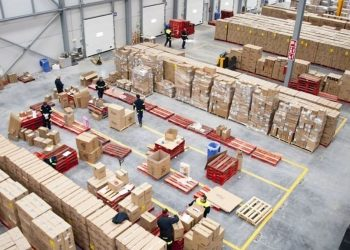 La UJCE y el PCE apuestan por el sector logístico para el futuro de León