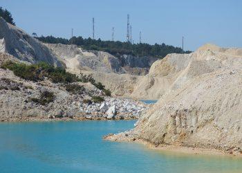 El desastre ambiental provocado por la actividad minera en el Monte Neme llegará al Parlamento de Galicia a partir de septiembre
