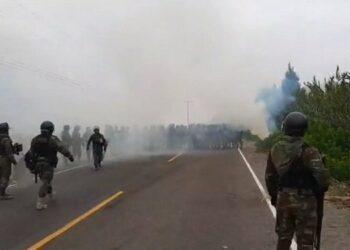 Perú: La policía reprime violentamente manifestaciones contra el proyecto minero de Tía María