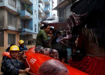 Al menos 30 muertos y más de un millón de afectados en Nepal por el temporal de lluvias