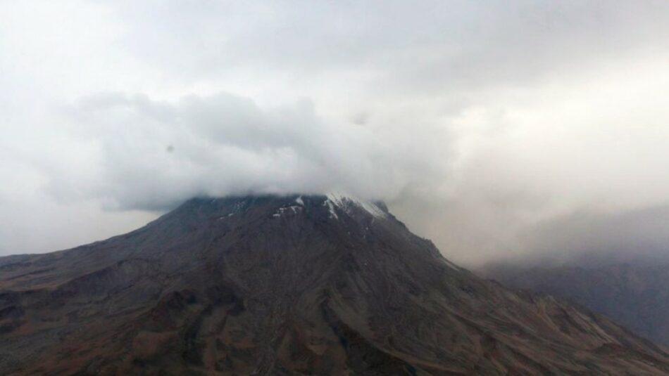 Más de 1000 personas evacuadas en Perú ante la erupción del volcán Ubinas