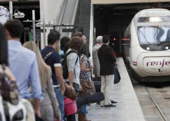 Huelga en RENFE. CGT se dirige al Ministro de Fomento para intentar desbloquear la conflictividad