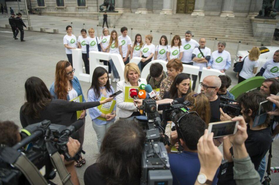 PACMA pide una reunión a Pedro Sánchez, que sigue ignorando a los animales